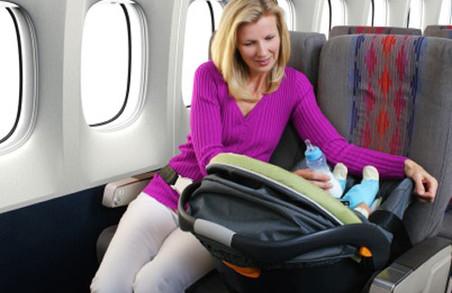 Как сделать перелет с младенцем легким и безопасным