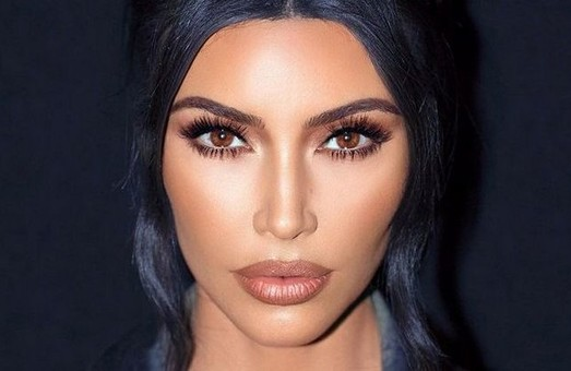 Ким Кардашьян в образе «индийской богини» восхитила поклонников