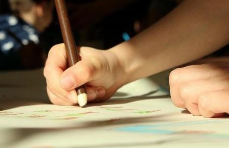 Детское творчество: как приобщить к нему своего ребенка