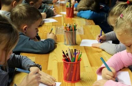 Какими качествами должна обладать воспитательница?